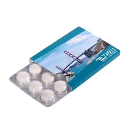 Gepersonaliseerd doosje met mentos blister als give-away