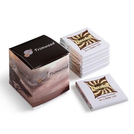 Chocolade napolitains bedrukt met logo in geschenkdoosje als relatiegeschenk
