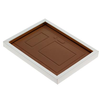 Maatwerk chocoladetablet in de vorm van een deur met logo als relatiegeschenk