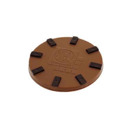 Maatwerk ronde chocoladetablet met bedrijfslogo als give-away