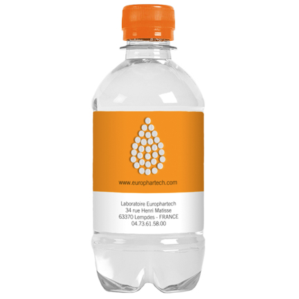 Snel leverbaar waterflesje met eigen label als dorstlessend weggevertje