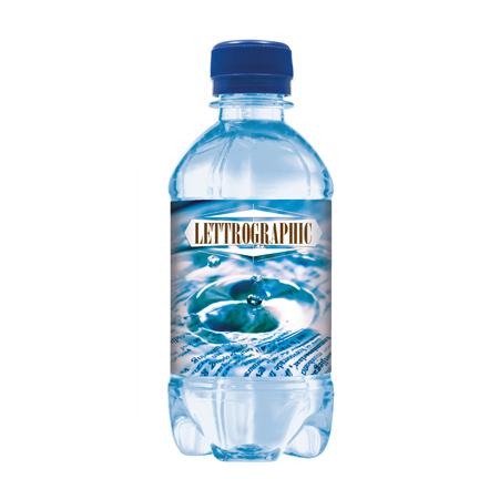 Blauw waterflesje met eigen label als frisse give-away
