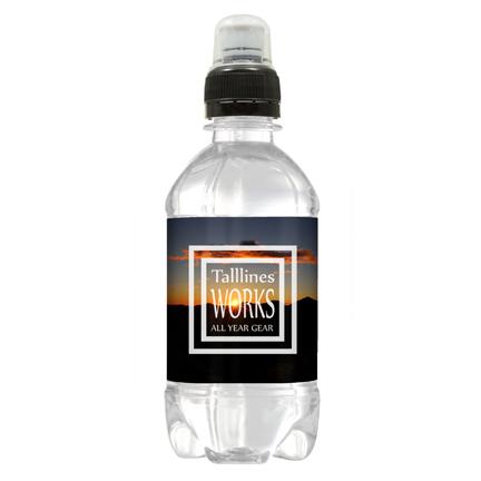 Sportdop waterflesje met eigen label als dorstlessende weggevertje