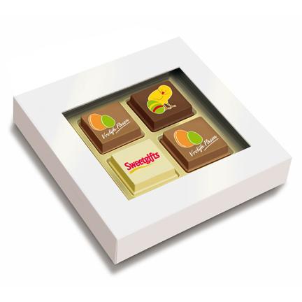 Bonbons met logo als weggevertje aan klanten voor Pasen