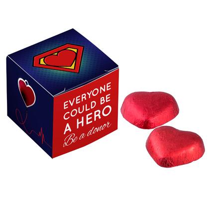 Chocoladedoosje met hartjes bonbons voor Dag van de Zorg