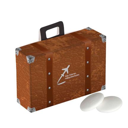 Gepersonaliseerd koffertje met pepermunt als fris weggevertje aan klanten
