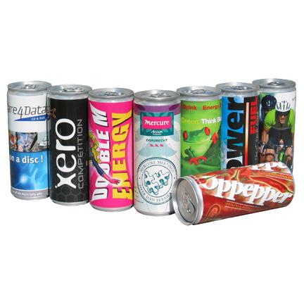 Energierijke dorstlesser met logo als promotiemiddel