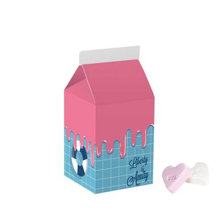 Bedrukt melkpakje met zoete hartjes als promotiemiddel