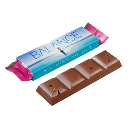 Vegan chocoladereep met eigen logowikkel als weggevertje
