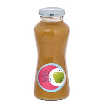 Bedrukt flesje appelsap met logo als promotie